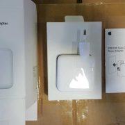 Apple 29W USB type C power adapter (1)
